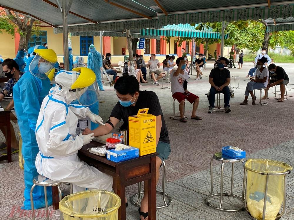 Over 3.200 foreigners in da nang test negative for coronavirus