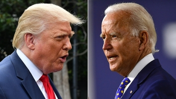 world breaking news today august 30 biden lead over trump narrows after republican national convention