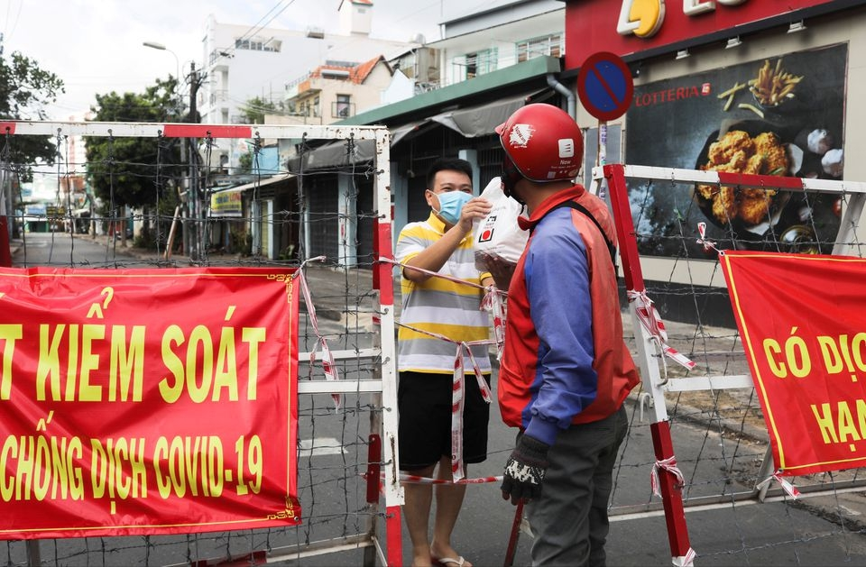 Hanoi Extends Social Distancing for Another Two Weeks