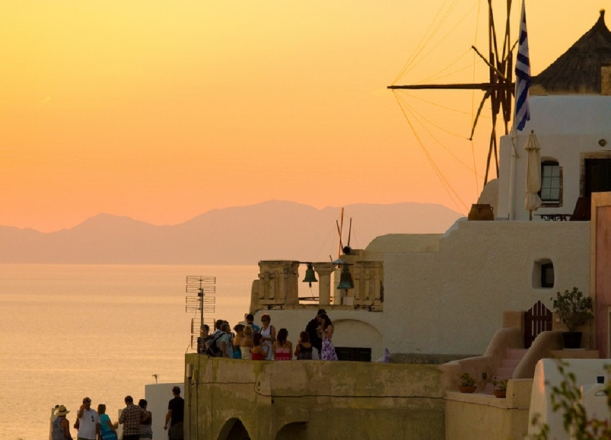 Top 7 Must-visit Places Worldwide for Gorgeous Sunset View