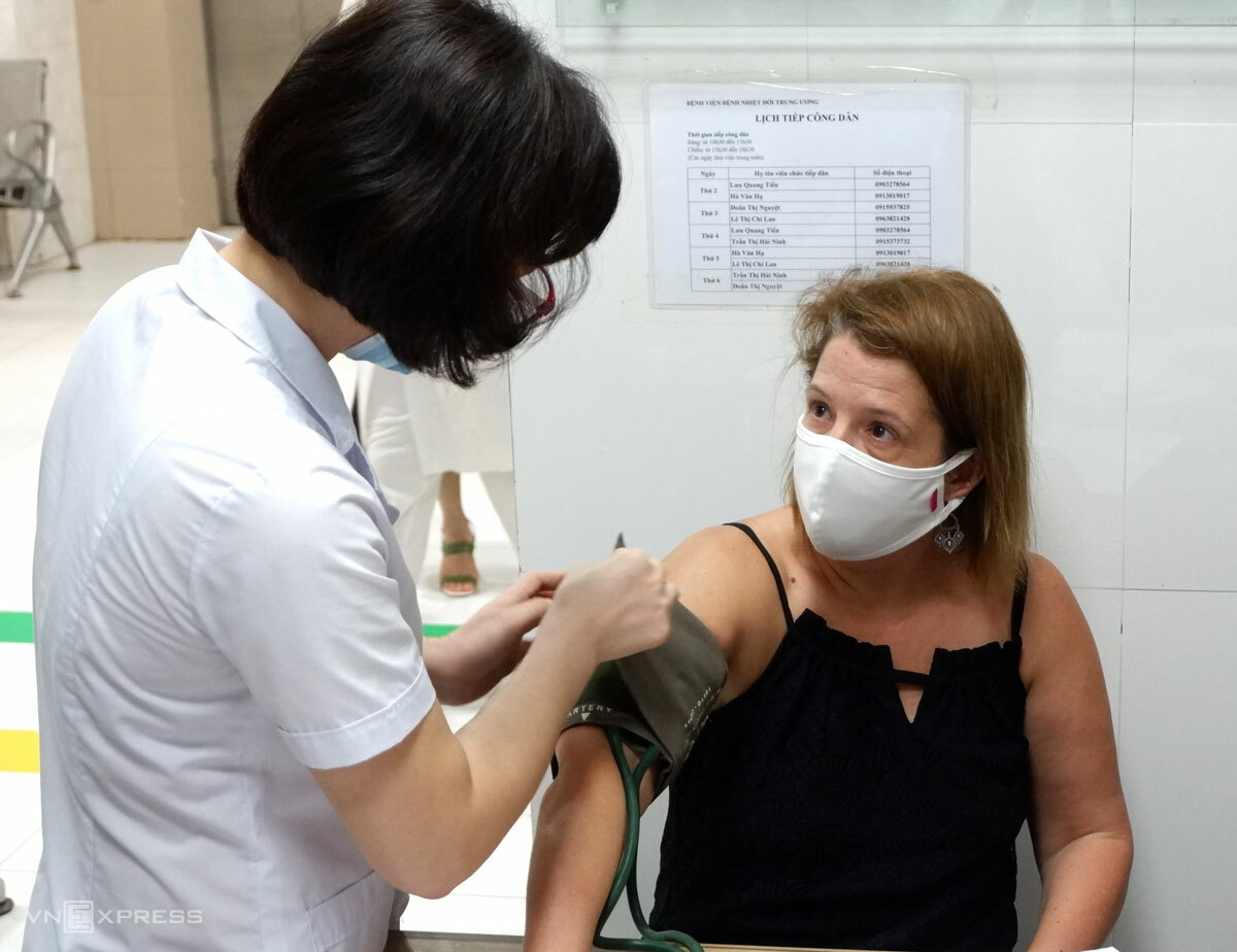 HCMC Expats Donates Blood Amid Covid-19 Lockdown