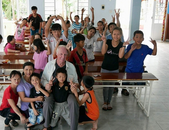 """For Agent Orange Victims, the """"Wounds of War"""" Still Ache"""