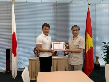 Brave Vietnamese trainee in Japan saves local woman from drowning