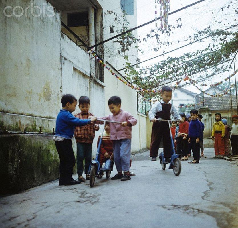 in photos vivid memmories of hanoi in 1973