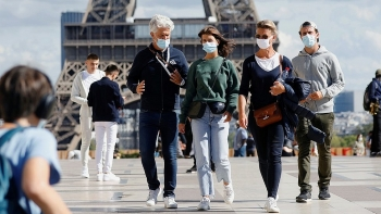 world breaking news today september 13 france sets new daily record with almost 10000 covid 19 cases