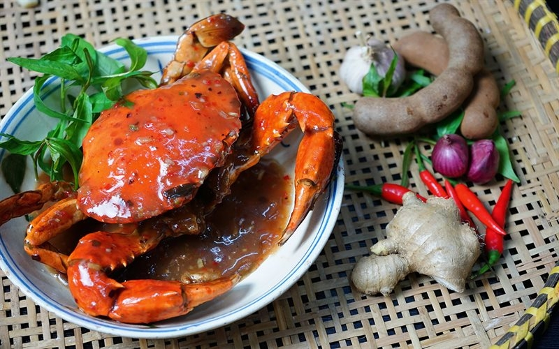 The  sweet and sour tamarind crab looks mouth-watering