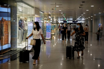 world breaking news today september 15 us state department eases china travel advisory for americans