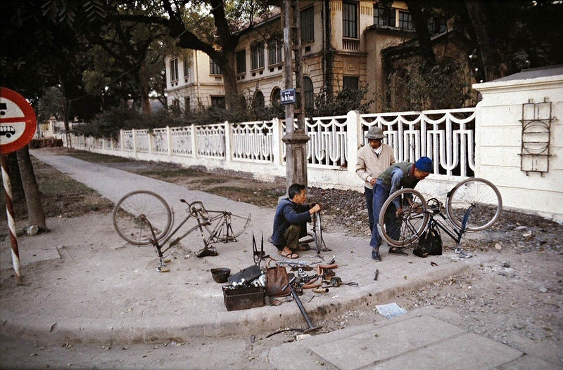 return tickets to the past with photos of hanoi in the 1970s