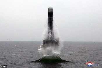 world breaking news today september 17 north korea may soon conduct submarine missile test