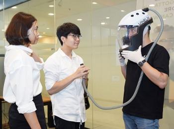vietnams covid 19 protective helmet won golden prize at intl contest