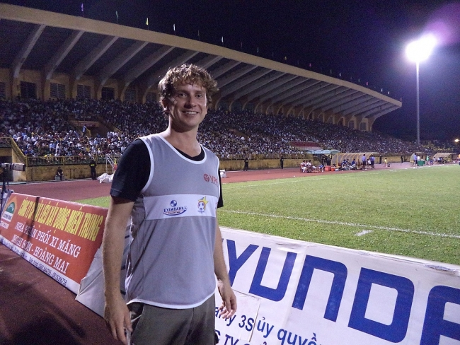 British expat, the sport reporter with great love for V.League
