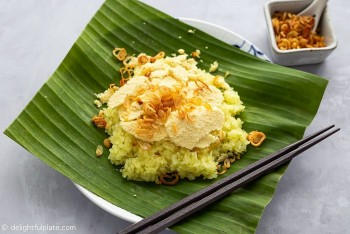 Recipe for Delicious Vietnamese Sticky Rice with Hand-cut Mung Bean