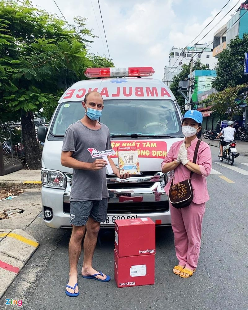 Vietnamese and South African Couple Lends Support to Foreigners in HCMC