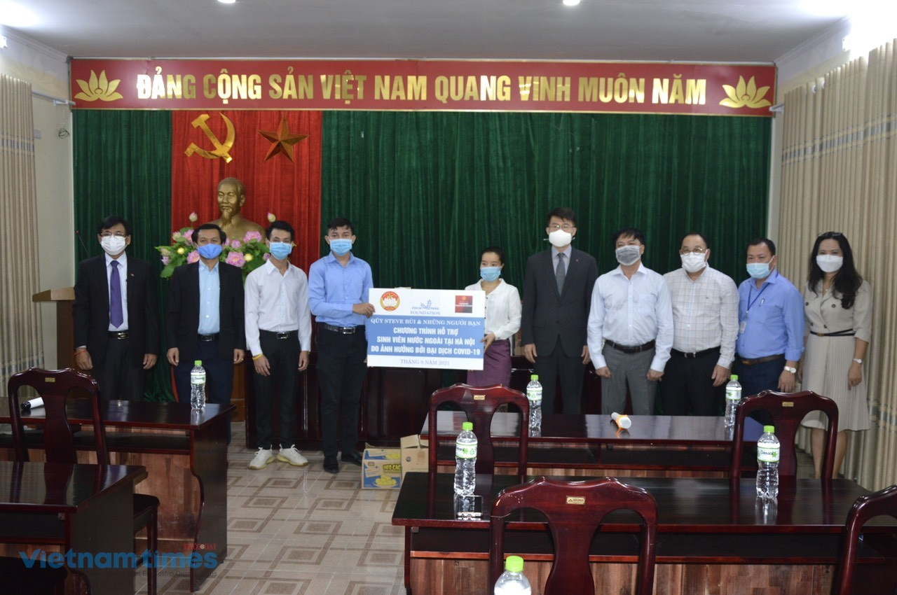 International Students in Vietnam Receive Covid Aid Packages