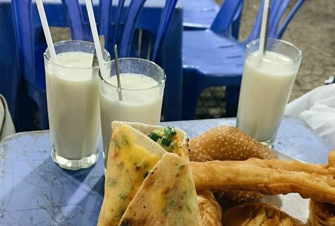 Hot Soy Milk in Da Lat, a Must-try Delicacy