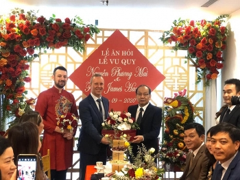 british ambassador makes great grooms representative on scottish vietnamese couples marriage