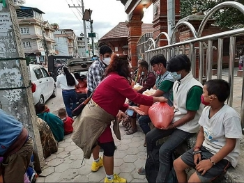 vietnameses good deeds to nepals covid 19 stricken communities