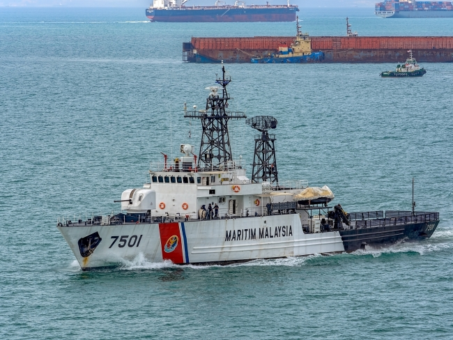 Malaysia's maritime detains 60 Chinese nationals, 6 vessels for trespassing