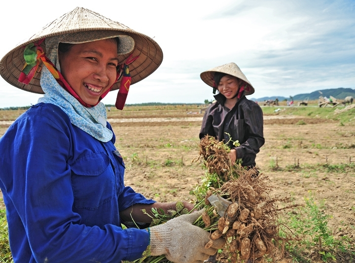 Women from all walks of life deserve honor and congratulation on such occasion (Photo: Bao Dan Sinh)
