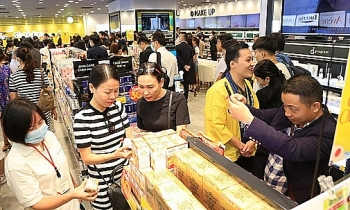 japanese cosmetic pharmaceutical store chain first opens in vietnam