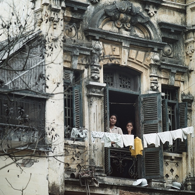 True-to-life photos of Hanoi half a century ago