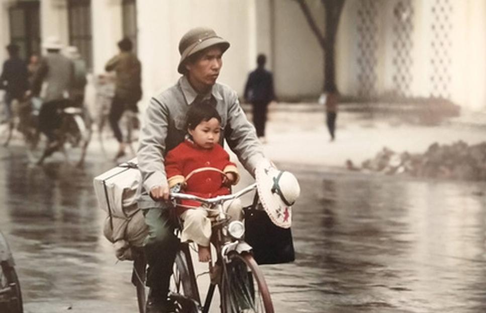 True-to-life photos of Hanoi half a century ago