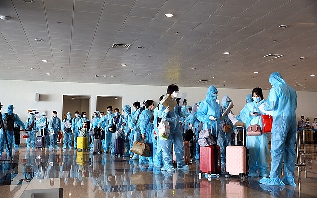 Over 360 Vietnamese nationals repatriate from US, South Korea
