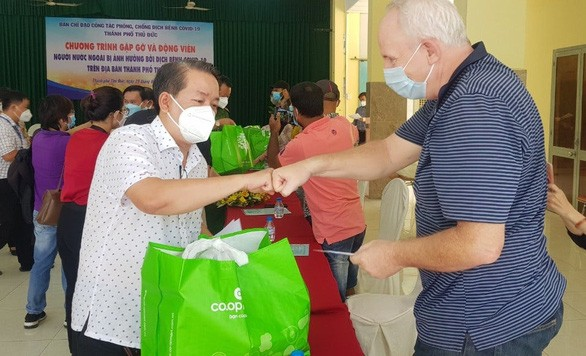 Ho Chi Minh City Extends More Support to Expats During Pandemic