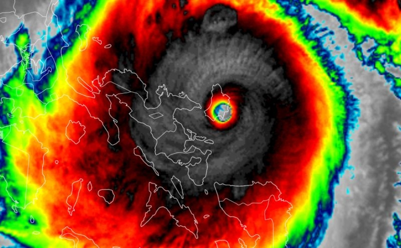 Days after being hit by Typhoon Molave, the Philippines braced itself as another storm, Super Typhoon Goni, made landfall on Saturday (Photo: Yahoo News Canada)