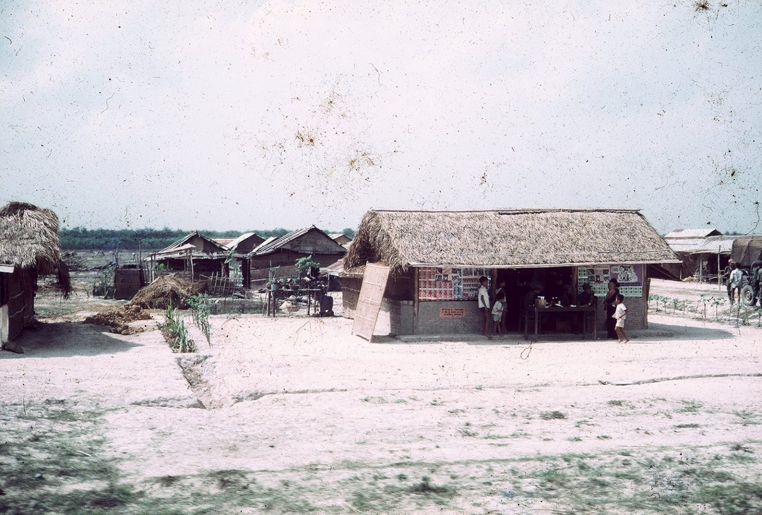Reminiscing photos of the Southern Cu Chi town in 1960s