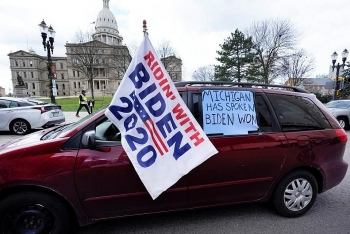 world breaking news today november 24 michigan certifies bidens victory despite trumps efforts to undermine it