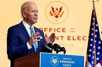world breaking news today december 4 biden says fauci asked to stay on and join covid 19 team