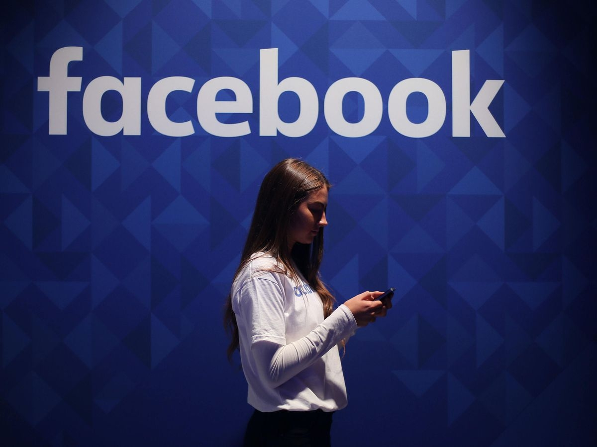 Facebook paid $1 billion US for Instagram, bolstering the social networking platform's portfolio a month before its stock went public.