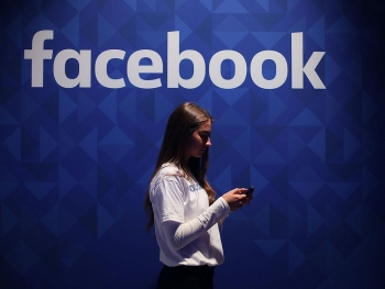 facebook faces anti trust action brought by us government and 48 states