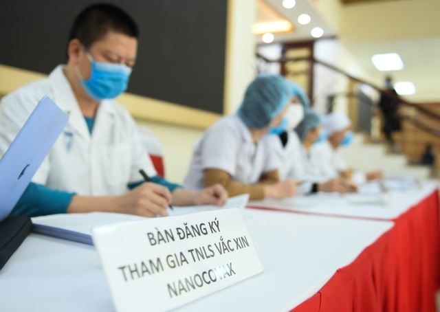 Vietnam to roll out nasal spray and eye-drop COVID-19 vaccine