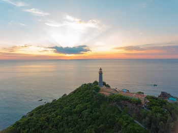 130 year old lighthouse gets first rays of sunlight in vietnam