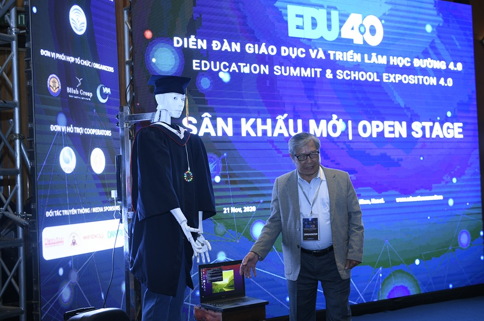 In Video: Vietnam's first AI robot to serve for educational purposes