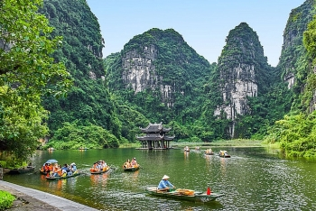 recommended tourist spots for new year vacations