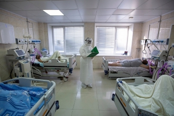world breaking news today december 29 russia admits to worlds third worst covid 19 death toll