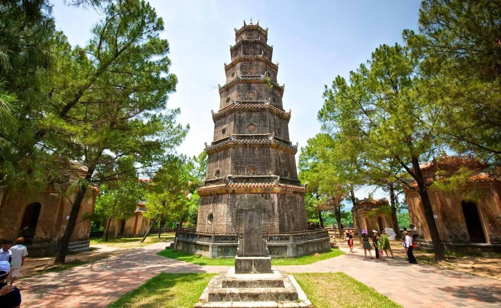 0947-famous-pagodas-in-vietnam-3