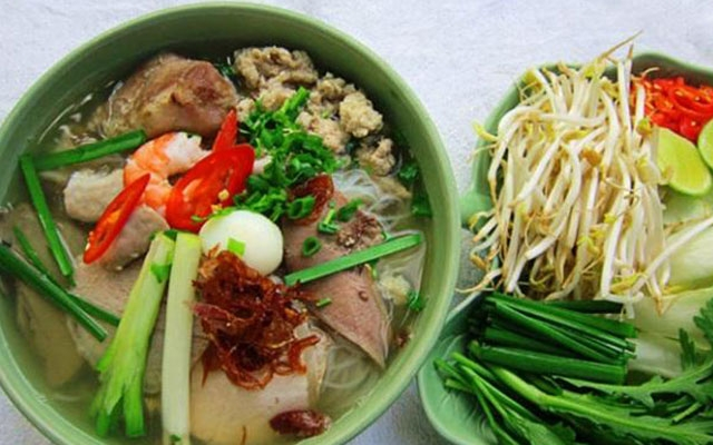 Hanoi, hcm city named top places for local delicacies
