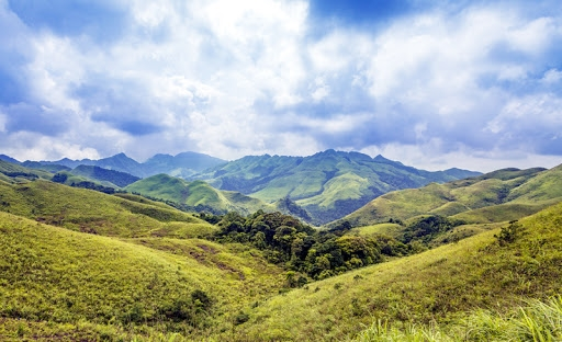 3 most splendid 'dinosaur backbones' in the North of Vietnam