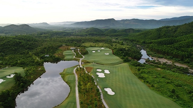Ba Na Hills Golf Club won the 'Asia's Best Golf Course' and 'Viet Nam's Best Golf Course' titles at the World Golf Awards 2020. Photo courtesy of Ba Na Hills Golf Club