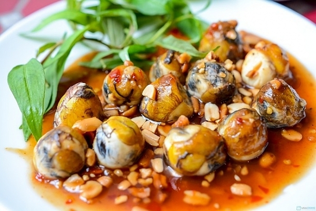 Top 10 must-try dishes on Saigon