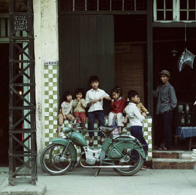 The German photographer who recorded Hanoi in wartime
