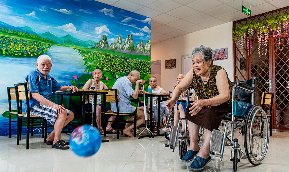 vietnam retains on top great countries for old men