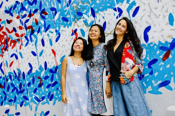 vietnamese three generation family with deep affection toward cuba in hearts