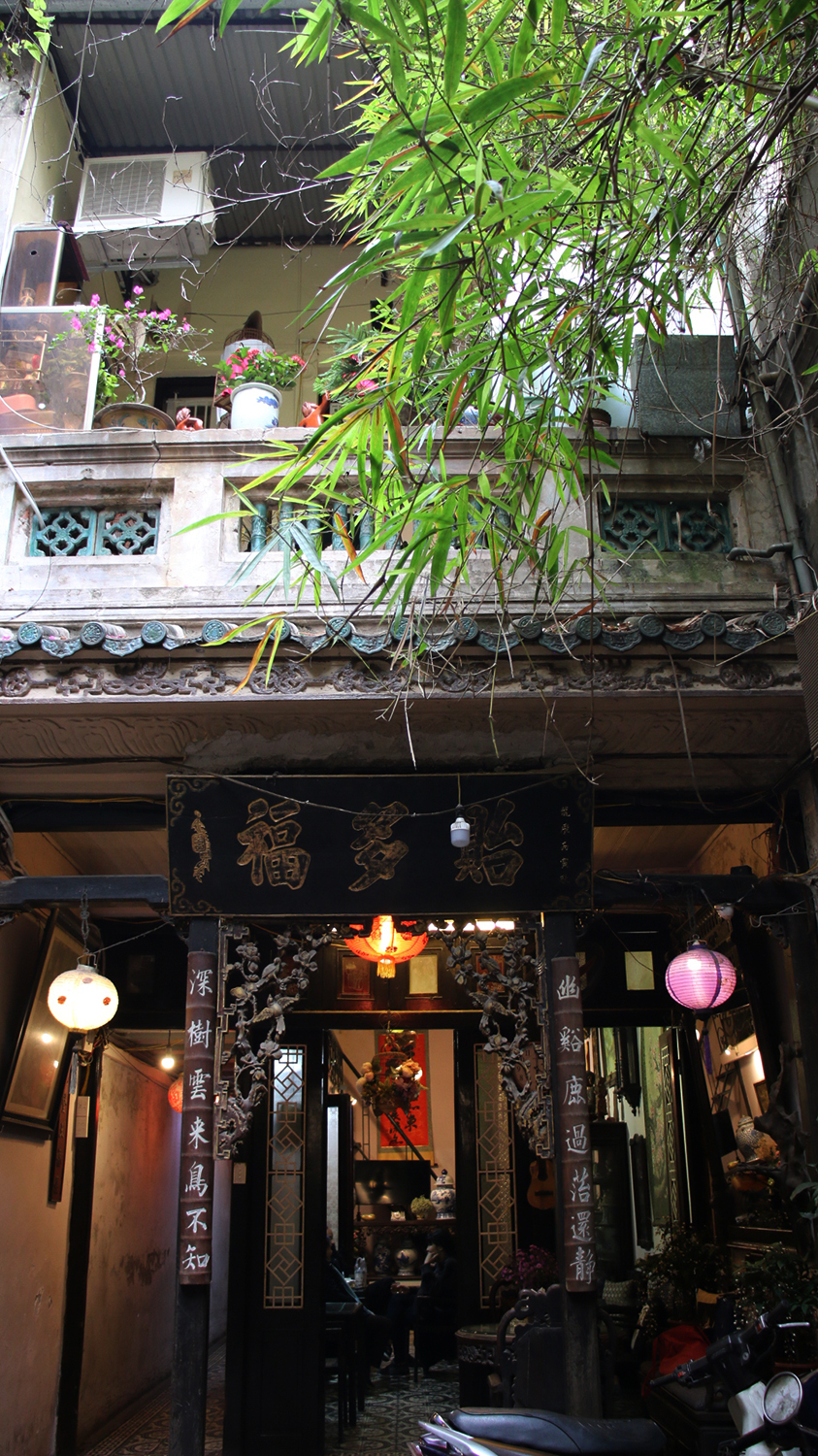 Tranquil coffee shop placed in Hanoi's 102 year-old house