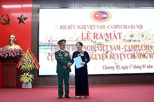 Vietnam-Cambodia Friendship Association of former voluntary soldiers launched in Chuong My
