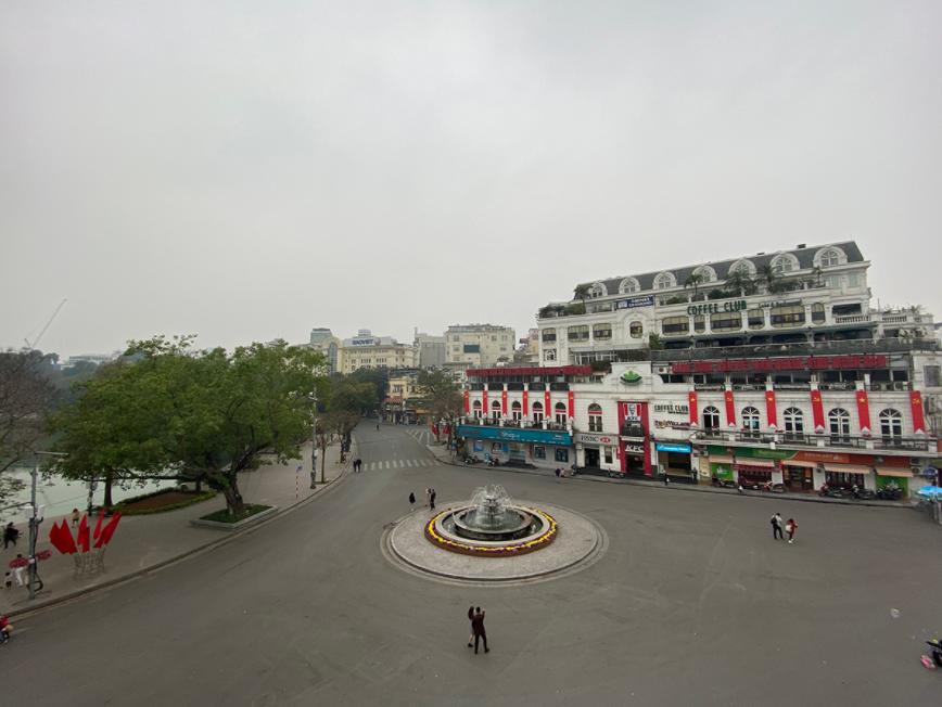 hanoi proposes to halt hoan kiem lake pedestrian street since february 5